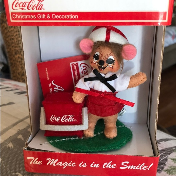 Annalee Coca Cola limited Edition